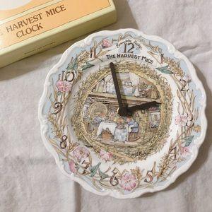 Brambly Hedge Clock